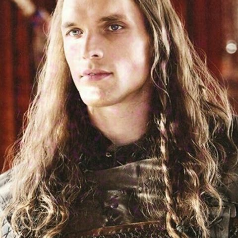 Ed Skrein as Daario Naharis